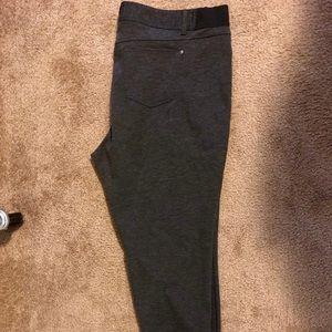 Simply Vera- Vera Wang dress pants